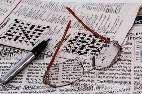 Gli occhiali con lenti autoregolabili